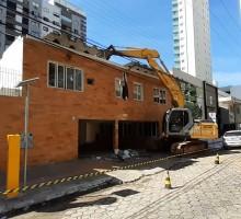demolicao-balneariocambori03